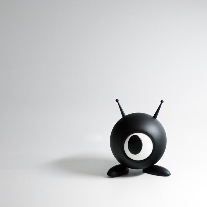 Oki Designer Vinyl Art Toy